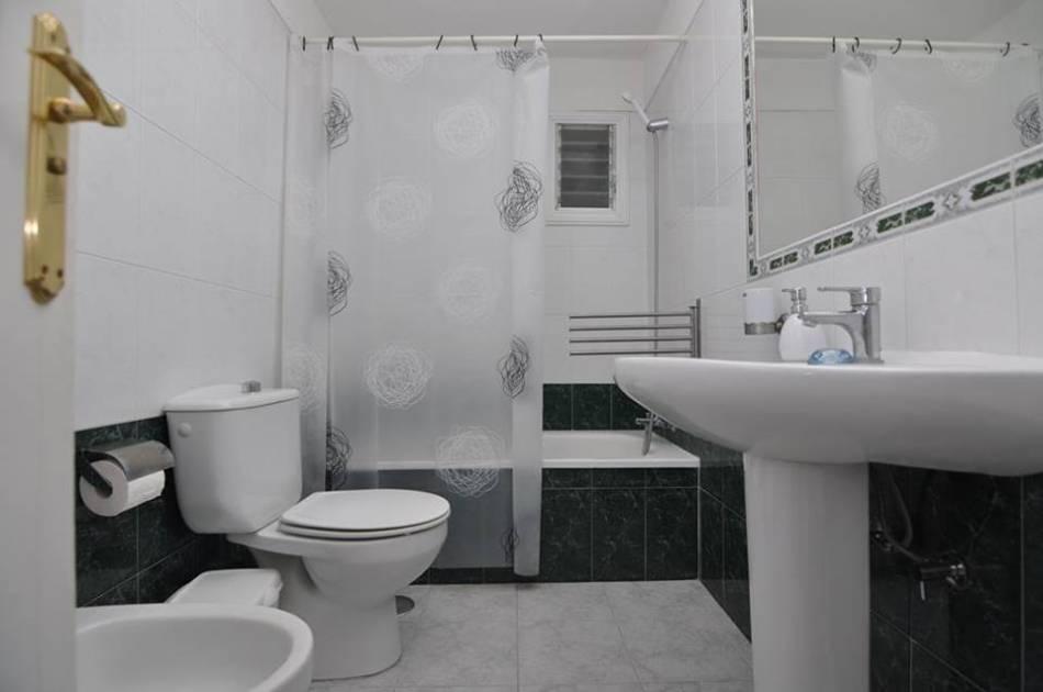 Апартаменты в Los Gigantes ванная