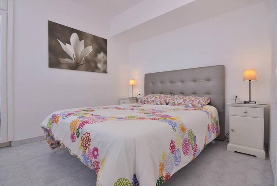 Апартаменты в Los Gigantes спальня