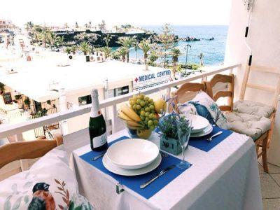 Уютная квартира для отпуска в Пуэрто де Сантьяго/Тенерифе балкон с видом на море