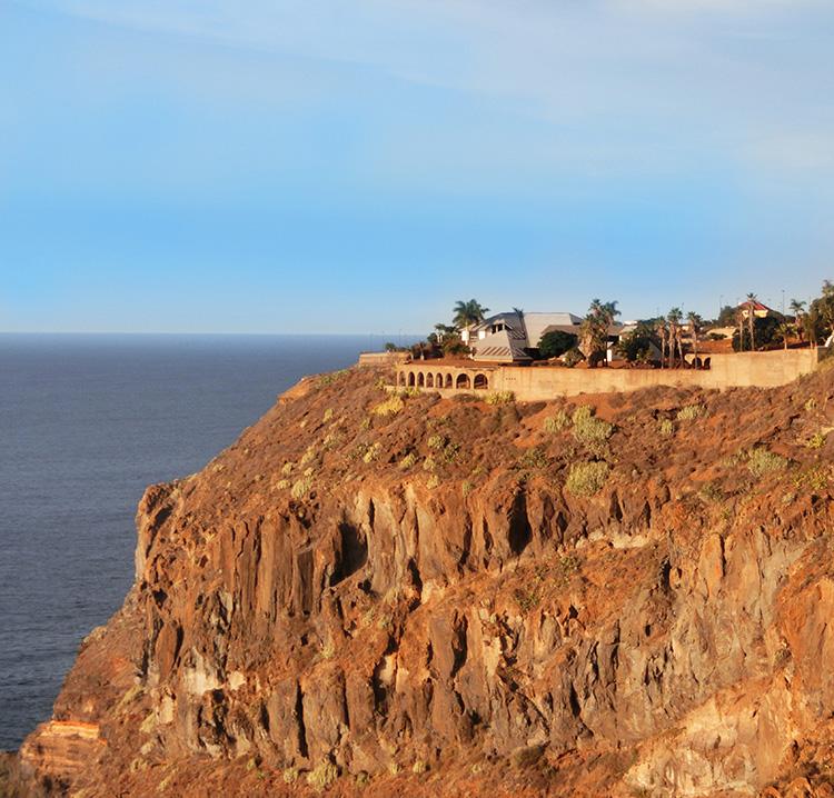 Уникальная вилла архитектора вилла с видом на океан