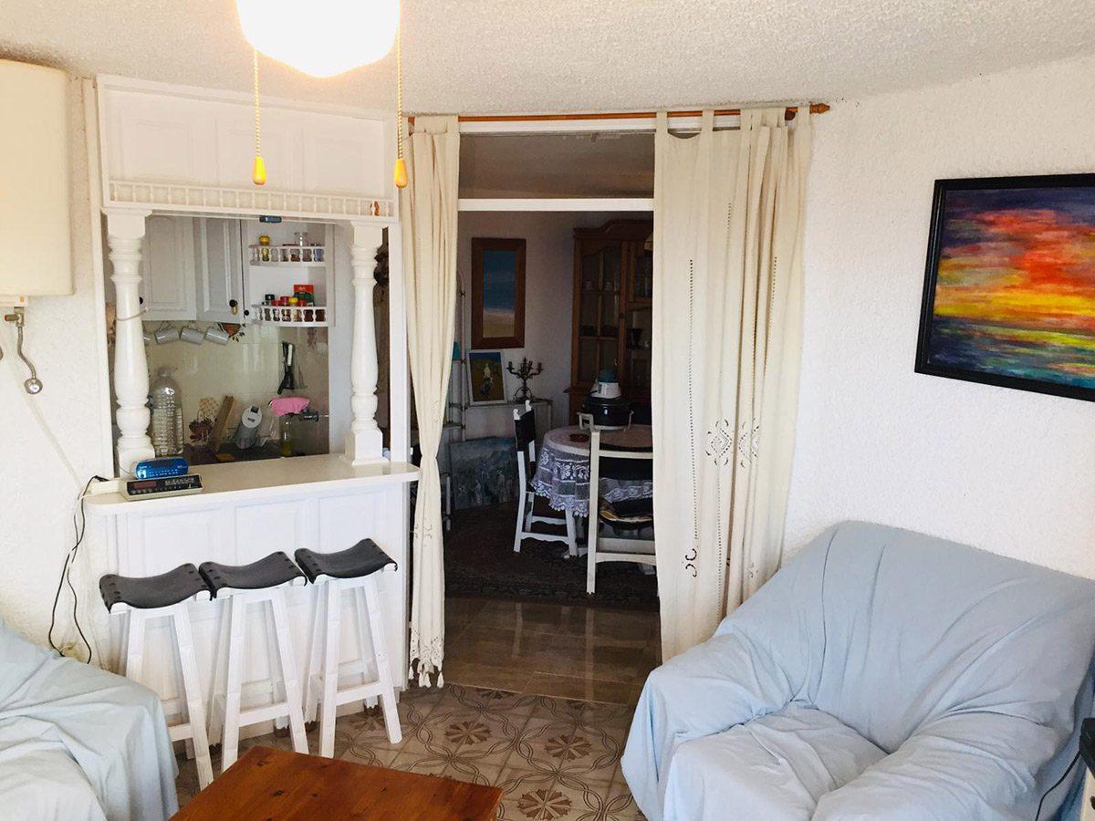 Уютная квартира с видом на океан в Los Silos гостиная