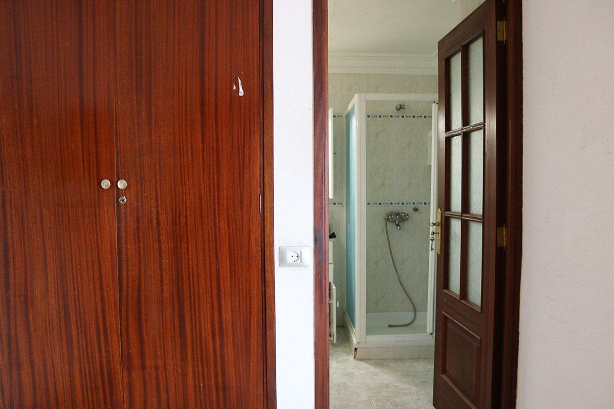Апартаменты 72 m2 в La Matanza /Tenerife вход в душевую