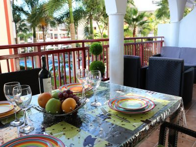 Комфортные апартаменты в Palm Mar терраса с видом
