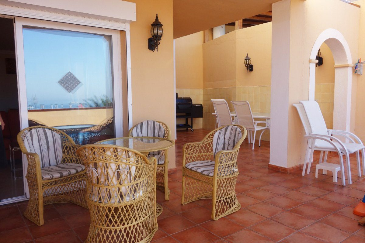 Уютная Вилла с бассейном в Adeje, Playa Paraiso большая терраса