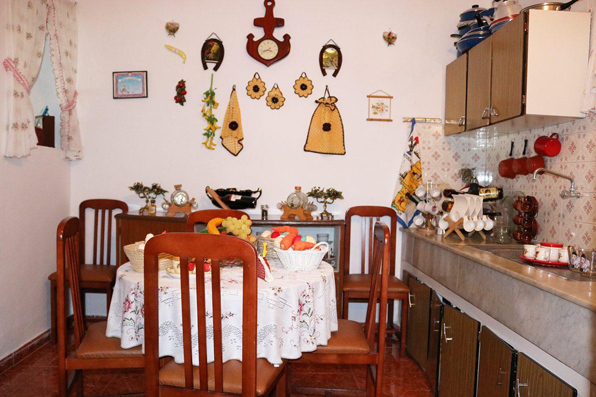 Дом под туристический бизнес вторая кухня
