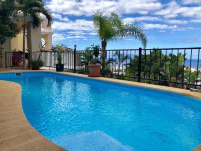 Апартамент (Адосадо) с частным бассейном в San Eugenio Alto