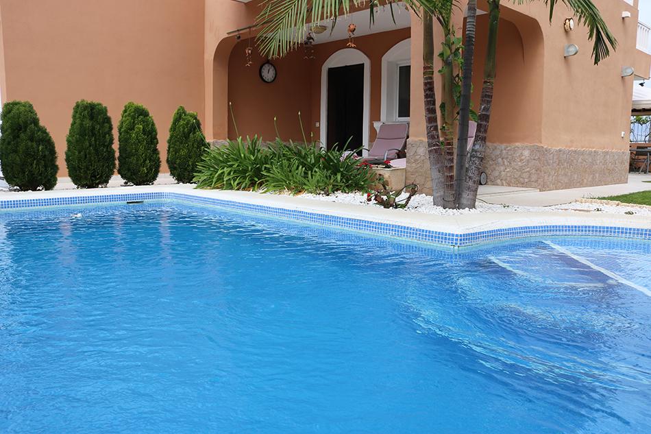 Дом с частным бассейном в Buenavista del Norte